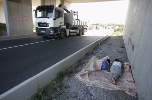 L'ONU APPELLE PARIS À RÉSOUDRE LA CRISE DES MIGRANTS À CALAIS