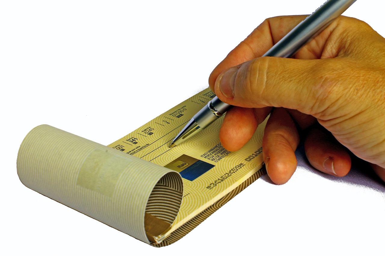 Faire opposition sur chèque : Comment et pourquoi ?