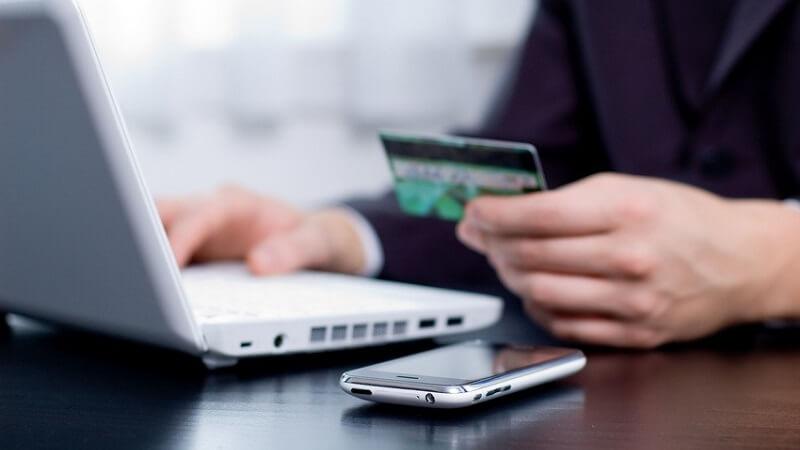 Banques en ligne : comment se décider ?