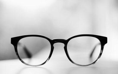 UFC Que Choisir lance un outil pour comparer les tarifs des lunettes en ligne !